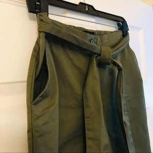 Mossimo   olive green cropped Gaucho/Palazzo pants